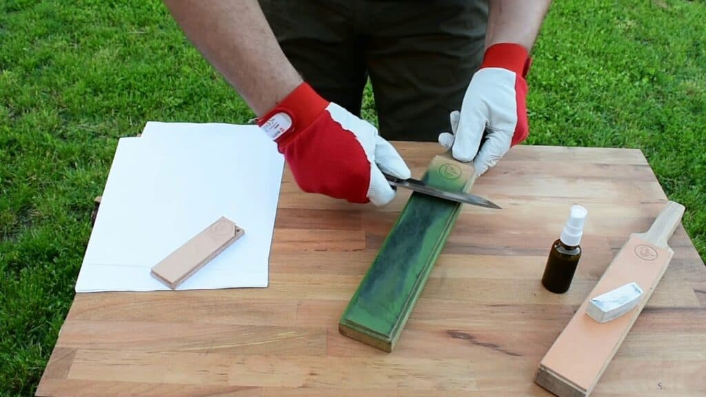 leather sharpening knives